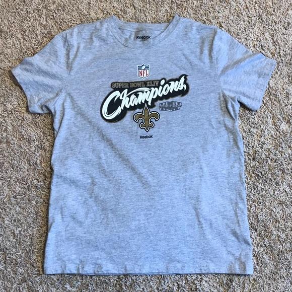 ce6411503 New Orleans Saints Super Bowl Champions Shirt S. M 5b53d0e7c2e88e5e5a7f2d5f